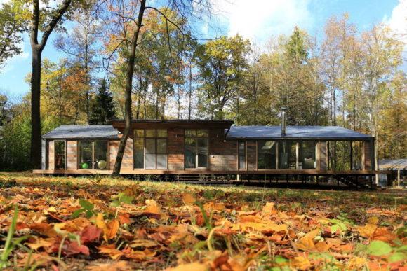 Лесной дом в России