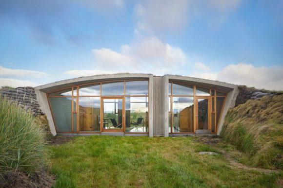 Земляной дом в Исландии