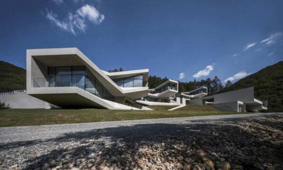 Бетонный комплекс для отдыха в Южной Корее