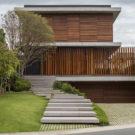 Дом Бравос (Casa Bravos) в Бразилии от Jobim Carlevaro Arquitetos.