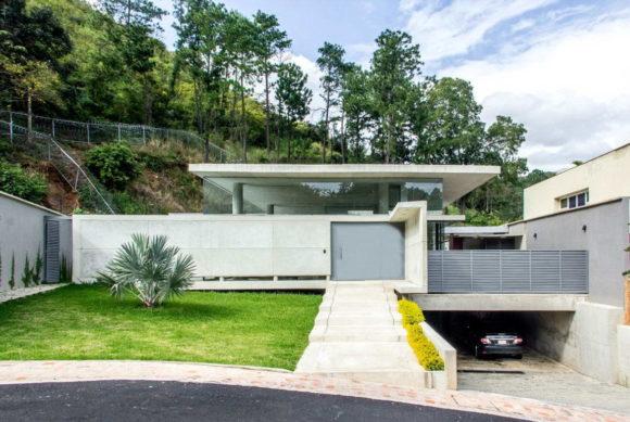 Бетонный дом в Венесуэле