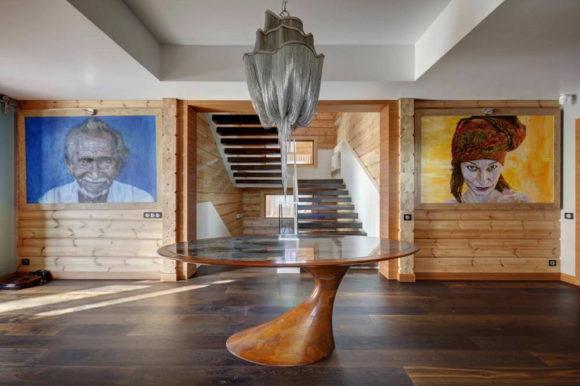 Деревянный дом в духе Райта в России