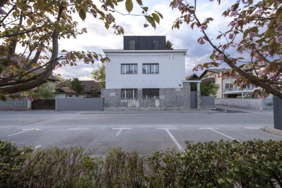 Расширение дома в Словении