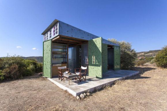 "Дом ""Оливковое дерево"" (Olive Tree House) в Греции от Eva Sopeoglou."