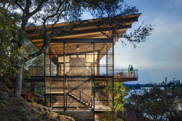 Дом у озера (Blue Lake Retreat) в США от Lake|Flato Architects.