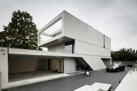 Дом на берегу Цюрихского озера (Lakeside House In Zurich) в Швейцарии от e2a.