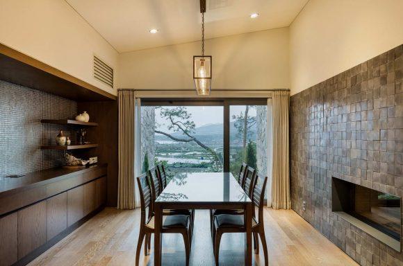 Каменный дом в Южной Корее