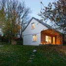 Дом под вишней (Cherry House) в Чехии от majo architekti.