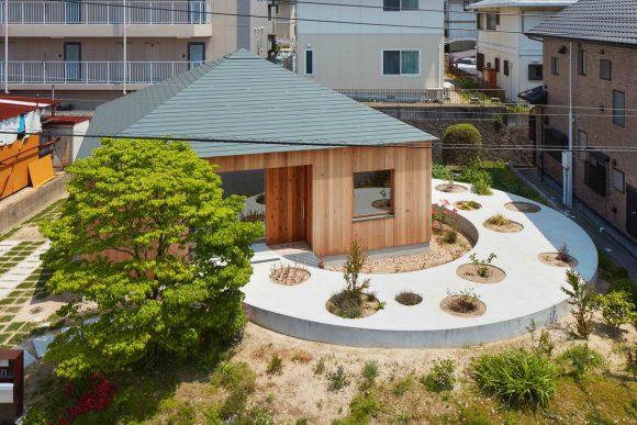 Городской дом для пожилой пары в Японии