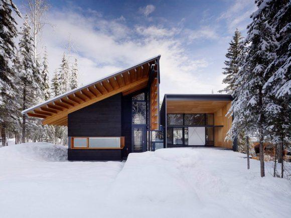 Лесной дом на лыжном курорте в Канаде