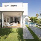 Дом ЛБ (LB House) в Израиле от Shachar- Rozenfeld architects.