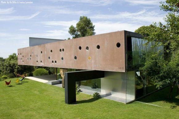 Дом в Бордо (Maison Bordeaux) во Франции от Rem Koolhaas, OMA