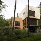 Резиденция Бойверт (la Residence Boisvert) в Канаде от Atelier Pierre Thibault.