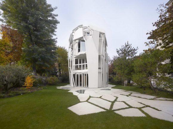 Белый дом в Париже
