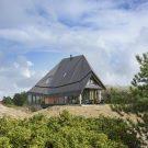 Дом Кулке Влиланд (Het Kulkje Vlieland) в Голландии от Borren Staalenhoef Architecten BV bna.