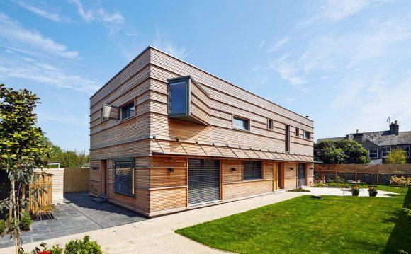 Быстровозводимый деревянный дом в Англии