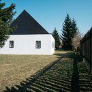 Старый дом (Old House) в Чехии от Lukas Urban и Martin Celikovsky.
