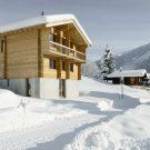 Дом в Реккингене (House in Reckingen) в Швейцарии от Roman Hutter Architektur.