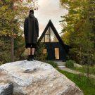 Реабилитация дома «Кадр» (Aframe Rehab by Subtraction) в Канаде от Jean Verville Architecte.
