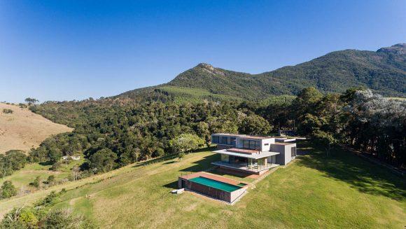 Горный дом в Бразилии