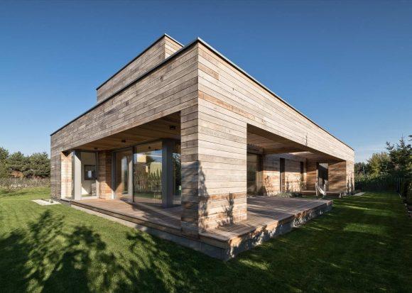 Кедровый дом в Польше