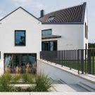 Дом H (House H) в Германии от one fine day и architektur-werk-stadt.