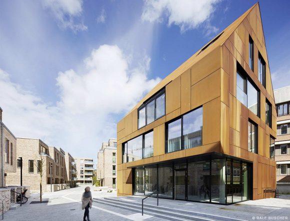Стальной Дом (Kiel Steel House) в Германии от BLK2 Architects.