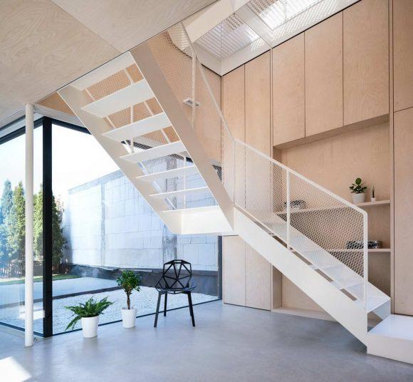 Деревянный дом SCL (SCL - Holzmassivhaus) в Германии от MIND Architects Collective.