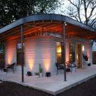 Дом, напечатанный на 3D-принтере в США от New Story и ICON.