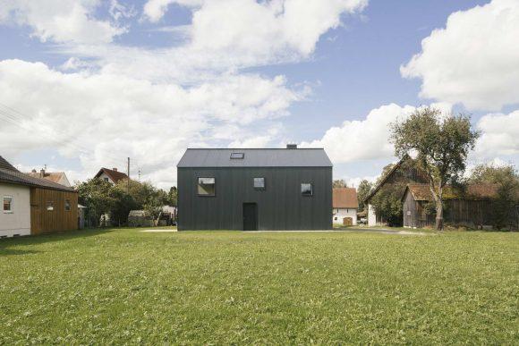 Простой дом в Германии