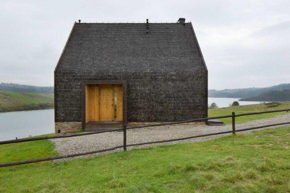 Чёрный дом в Польше