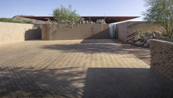 Вилла в пустыне в США