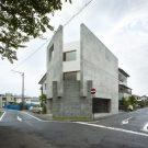 Дом в Шимокавахаре (House in Shimokawahara) в Японии от KOIZUMISEKKEI.