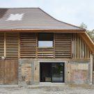 Преобразование сарая в Швейцарии от Freiluft Architektur.