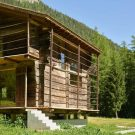 Конверсия сарая в Швейцарии от Savioz Fabrizzi Architectes.