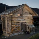 Превращение сарая в Швейцарии от Alp'Architecture Sarl.