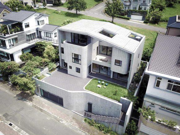 Тайваньский дом с террасами