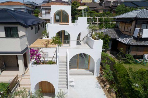 Арочный дом в Японии