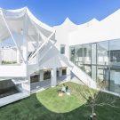 Летающий дом в Южной Корее от IROJE KHM Architects.