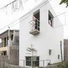 Дом 4x6x6 в Индонезии от dua studio.