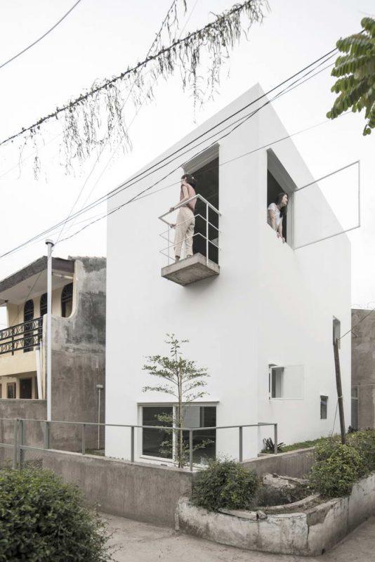 Белый домик в Индонезии