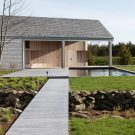 Дом у бухты в США от Maryann Thompson Architects.