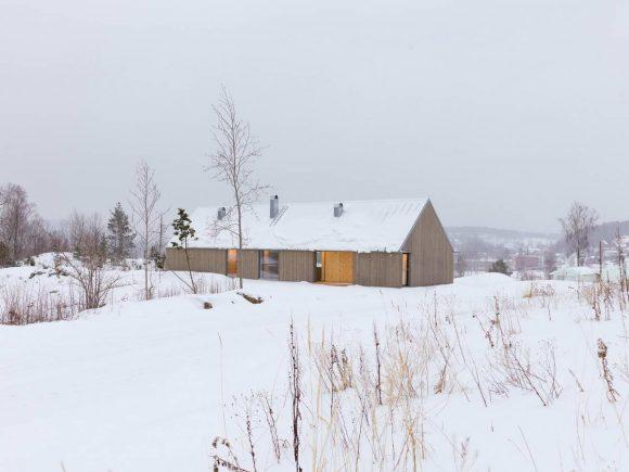 Простой дом в Швеции
