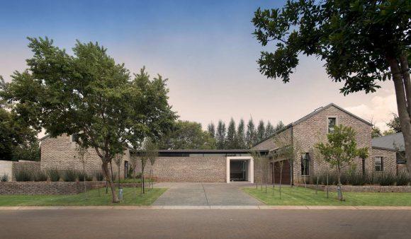 Кирпичный дом в ЮАР