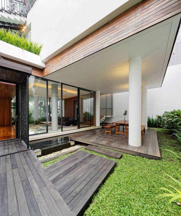 Белый дом в Индонезии