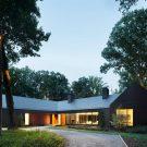 Сланцевый Дом в США от Ziger Snead Architects.