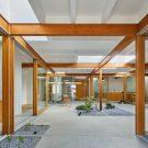 Дом в Козукуэ в Японии от Takeshi Hosaka Architects.