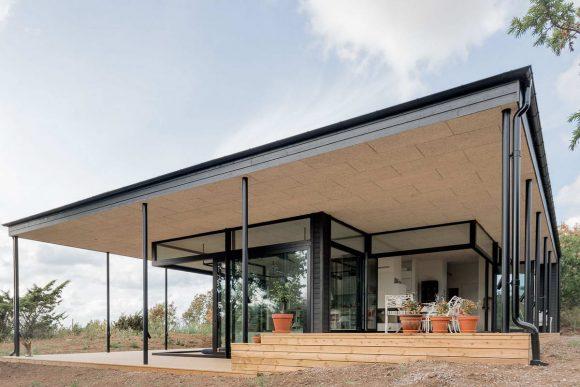 Стеклянная дача в Швеции