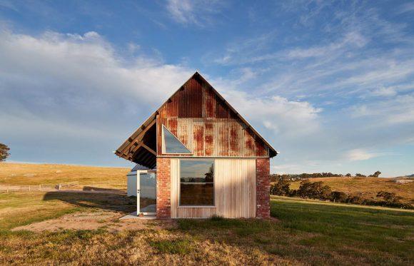 Кирпичная дача в Австралии