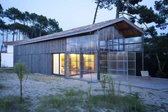 Дом для серфинга во Франции от Java Architecture.
